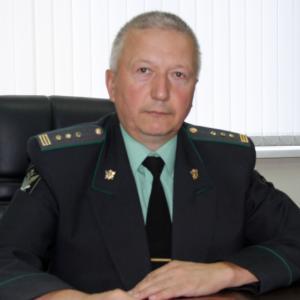 Судебный пристав Макаров Е.Д.